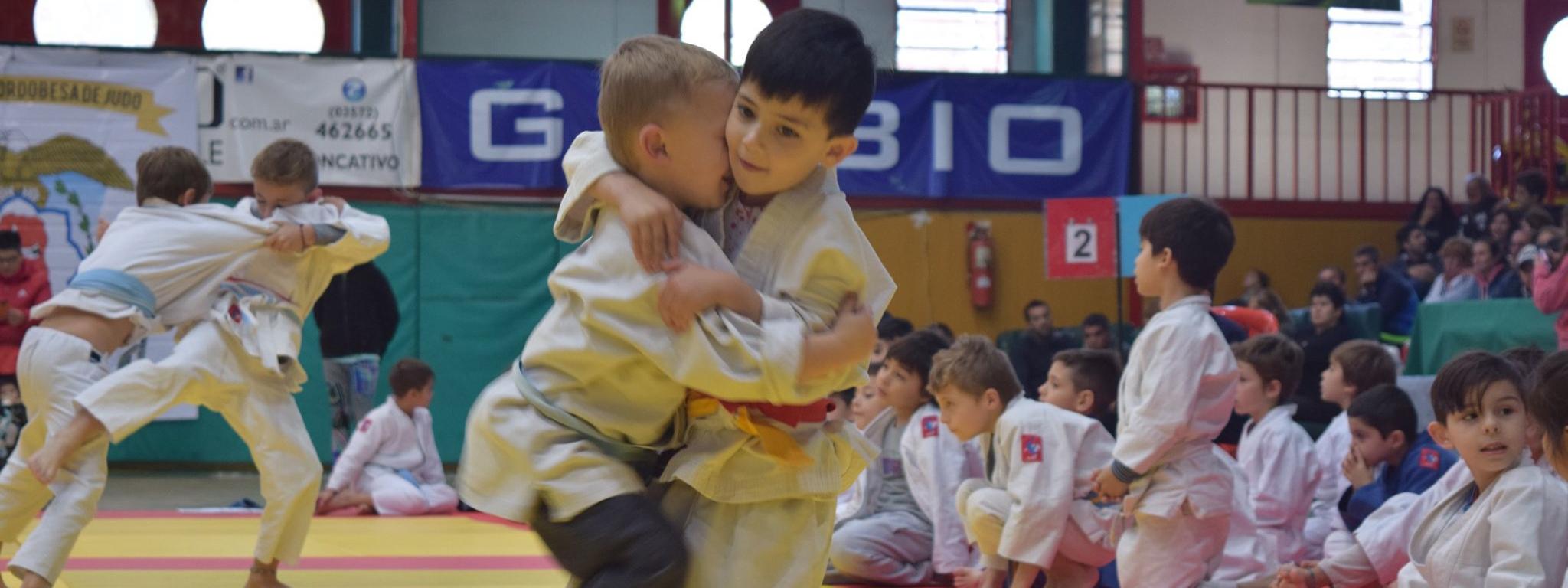 JUDO: ¿Por qué es el deporte más recomendado para la iniciación deportiva de los niños?
