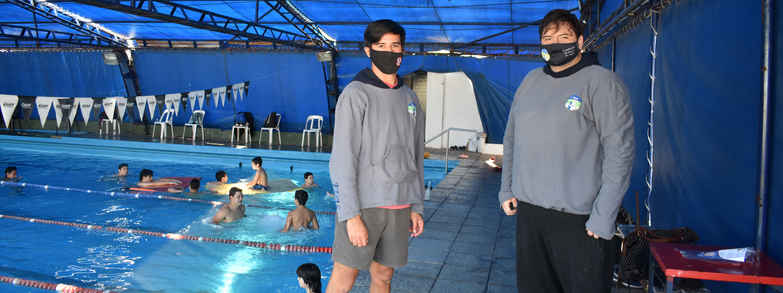 CONDICIÓN ESPECTRO AUTISTA: Los beneficios del trabajo en piscina para chicos con CEA (por Lucas Dambolena, coordinador El Placer de Jugar)
