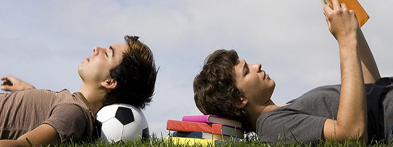 ESTUDIOS Y DEPORTES: Dos aspectos del desarrollo personal y deportivo que hacen sinergia