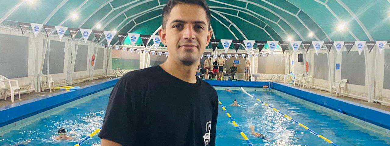 NATACIÓN: Emiliano Oliva, profesor de los extremos de la vida en el Club ACV