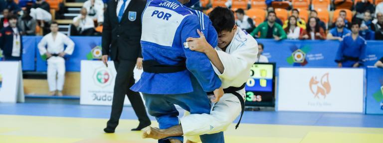 ASÍ SE HACE: La sode tsurikomi goshi, control y proyección de cadera para derribar al oponente (por Matías Pilo, judoca)