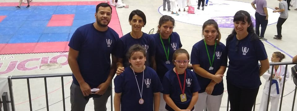 KARATE: Previo al Día de la Mujer, la Goju Ryu Seigokan cosechó cuatro medallas en el Open femenino de San Juan