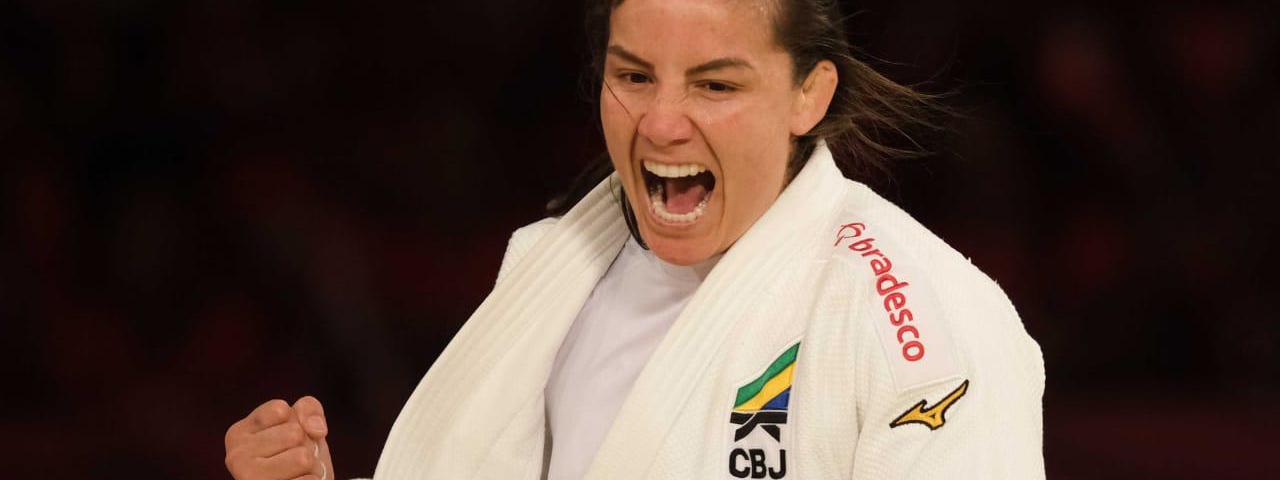 """JUDO: """"Aprendí a luchar por mis objetivos y a persistir independientemente de mis caídas"""" (María Portela, atleta de Brasil)"""