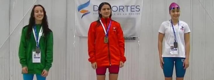 NATACIÓN: Renata Bitumi, del CMC, se subió al podio en 200 combinados de los Juegos Evita