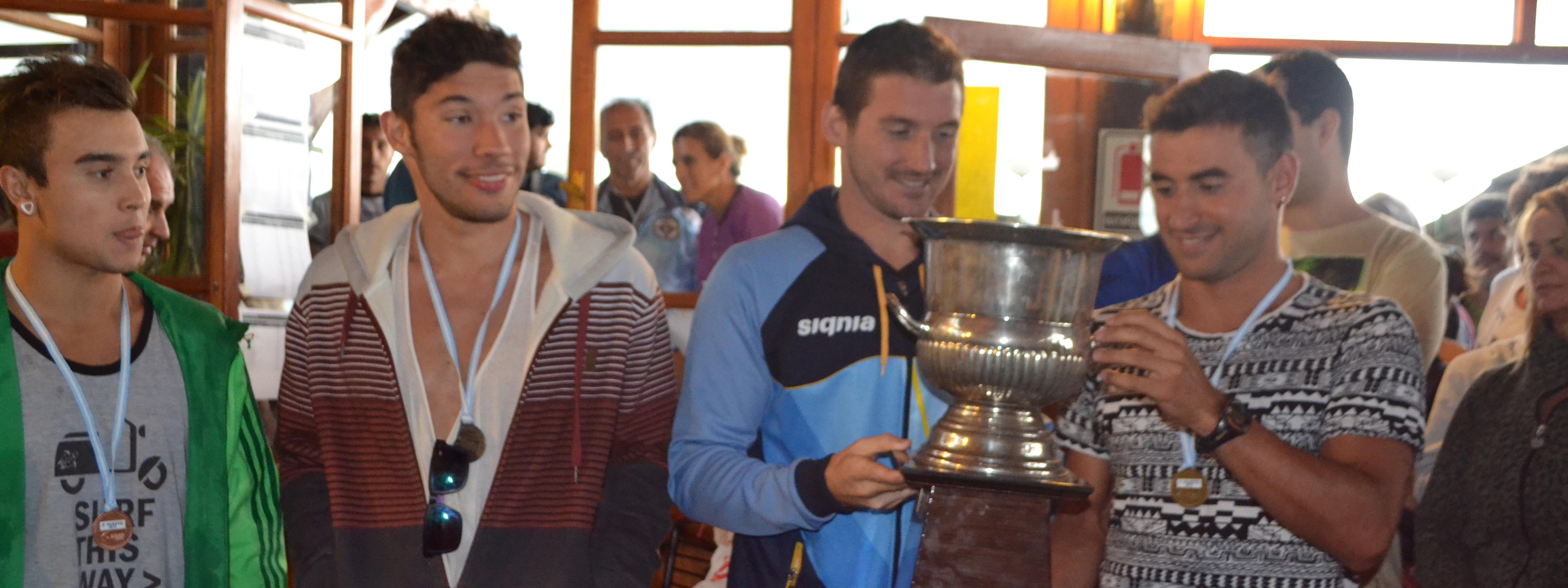 DESAFIO LOS MOLINOS 2015: Martín Bedirian marcó el ritmo en los 3.000 mts.