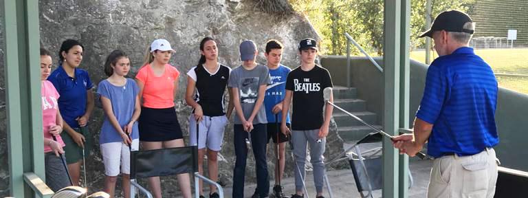 El intercambio de experiencias entre golf y tenis, la innovadora idea para los niños de El Potrerillo
