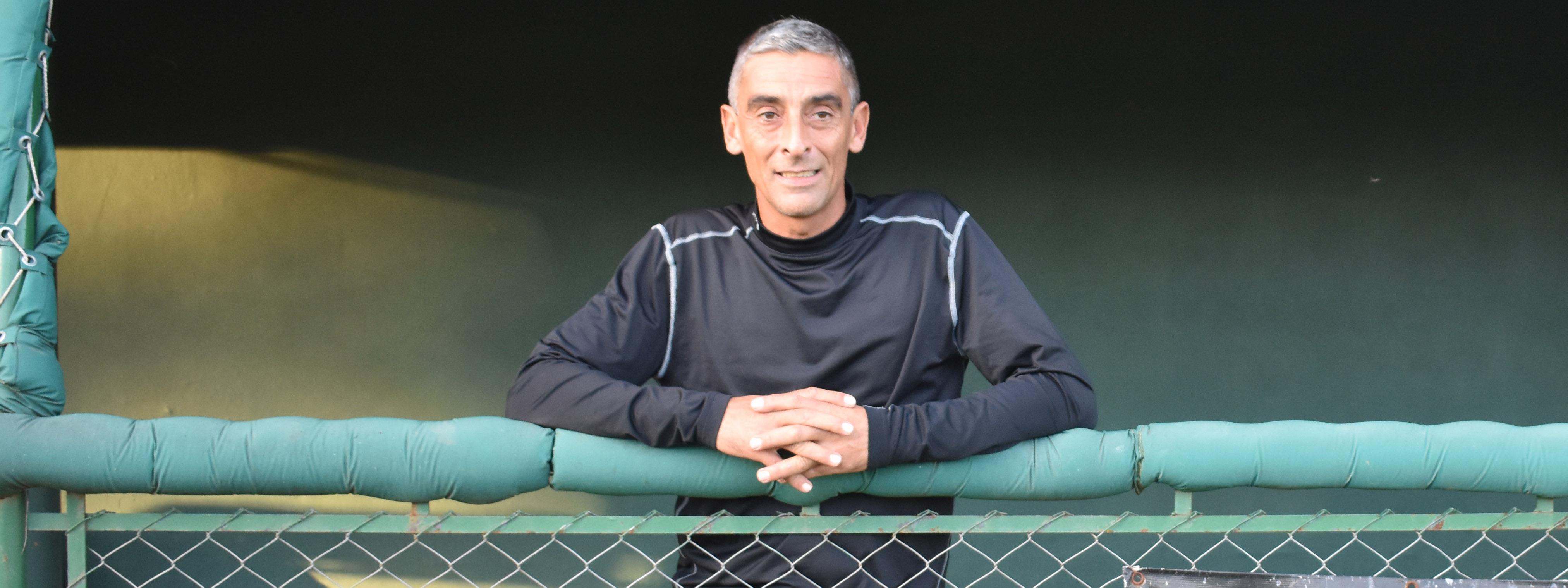 """BÉISBOL: """"Este año veremos un equipo más maduro, pero con el mismo hambre"""" (Darío Martín, manager de Dolphins)"""
