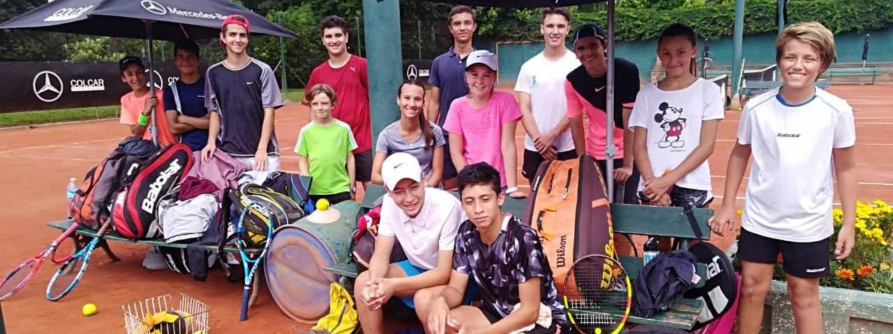 TENIS: Los chicos que toman vuelo en el Córdoba Lawn, la Catedral del tenis cordobés
