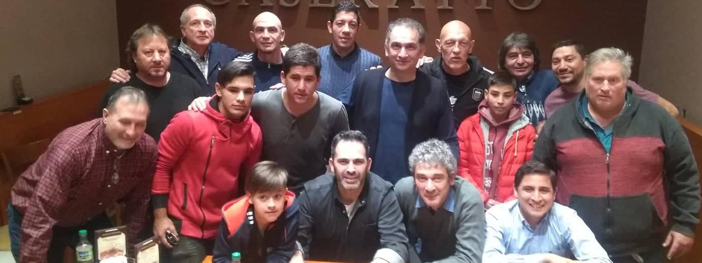 FÚTBOL: Dertycia y Gustavo Farías dieron una charla imperdible en Caseratto sobre la Selección